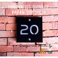 Papan Nomor Rumah Modern Minimalis - Acrilic / Square Sedang