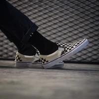 Sepatu Wanita Vans Slipon Checkboard Black White Global Original BNIB