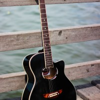 gitar akustik apx500ii type doff dan gloss free softcase yamaha - Hitam