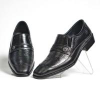 Sepatu Pantofel Pria Formal Wingtip Original Kulit Asli M7003