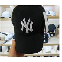 (TERLARIS) TOPI NEWYORK BORDIR BASEBALL LENGKUNG MLB NY YANKEES CLASSI