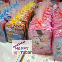Paket souvenir ulang tahun tas dan Snack packing plastik pita