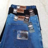 celana jeans pendek jumbo pria /cowok/ big size /jeans terlaris 40/50 - Biru