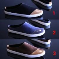 Sepatu Sendal Slop Casual Pria Nike Bustong - 39, Hitam