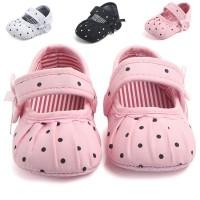 Sepatu Bayi / Prewalker Anti Selip Sol Halus Motif Polkadot Tersedia