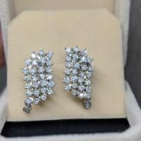 Giwang Anting Emas berlian