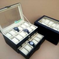 Box Jam / Kotak Tempat Jam Tangan Isi 24 Black dalam White