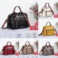 """Fashion elma crossbody bag 2tone clemente seri model : 9903 ukuran"
