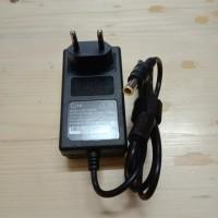 Adaptor Charger Monitor LG Original 19V 0,84A