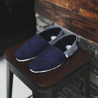 Sepatu Pria Slip On Wakai Biru Abu Sepatu Kasual Santai