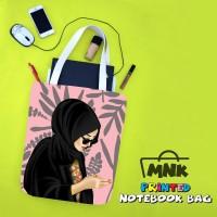Tas Notebook Print Pop Art Hijab MNK Hijab Hitam Kacamata