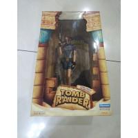 Eidos Tomb Raider Lara Croft in Wet Suit