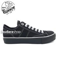 Sepatu Warrior Classic Low ALLblack / Warrior All Black Pendek