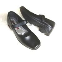 sepatu pantofel hitam sekolah paskibra hak 3cm wanita - Hitam, 38