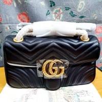 GUCCI GG MARMONT SMALL MATELASSE BAG. LV2