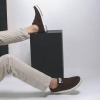 Sepatu Sneakers Suede Libra Brown