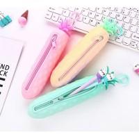 Tempat Pensil Nanas Silikon by Come and Buy