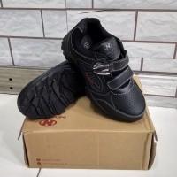 sepatu anak cowok/sneaker/ magnet/New Era Clark