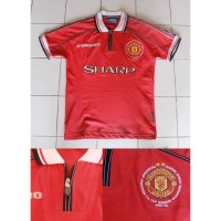 Jersey retro Manchester United season 99