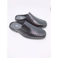 Sepatu Sendal Pria Kulit Sapi Asli Warna Hitam ( Series : Romeo ) - Hitam, 38