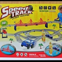 Speed track mobil berjalan pada track. 8315
