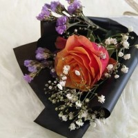 buket mawar setangkai / bunga mawar setangkai