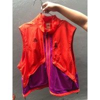 Nike ACG VEST (RED/PURPLE)