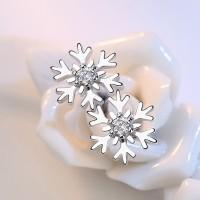Anting Tusuk Lapis Emas Putih Desain Snowflake Hypoallergenic untuk