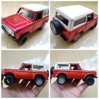 Mainan Diecast Jada Replika Mobil Jeep Ford Bronco 1:32 Bekas