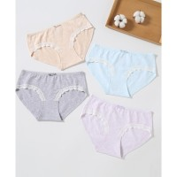 Panty (Celana Dalam) Young Hearts Lacey Cotton Laminated - Y27-000493