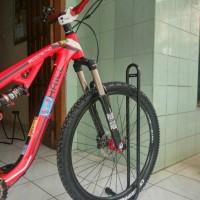 HOT SALE standar parkir / paddock sepeda united TERJAMIN