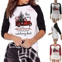 Kaos Raglan Motif Natal untuk Wanita