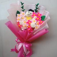 Buket bunga flanel apple blossom dengan boneka beruang