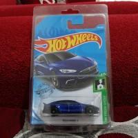 Hotwheels Tesla Model S Super Treasure Hunt