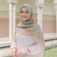 KERUDUNG SEGI EMPAT MOTIF VOAL ULTRAFINE AUTHENTISM RAYA SERIES ARMY