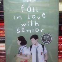 Buku Fall In Love With Senior