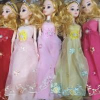 Boneka Barbie Rok Renda Besar sisa 2 pcs