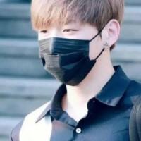 Masker Hitam Model Korea KPop Earlop Fashion Idol Waterproof 3 PLY