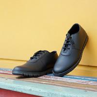 Paulmay Sepatu Sneakers Pria Modena 28