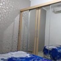 Lemari Pakaian Sliding Door 4 Pintu Hpl - Cream Kayu Full Cermin 001
