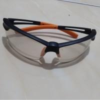 Krisbow Kacamata Pengaman Indoor/Outdoor dengan Nosepad.