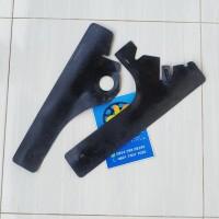Karet lapisan cover body samping belakang suzuki skywave bekas