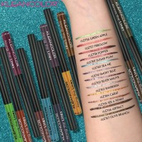 KLEANCOLOR ALONG THE LINES-LIQUID EYELINER