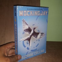 Novel Import MOCKING JAY by Suzanne Collins