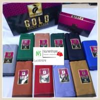 Sarung Mangga Gold Polos