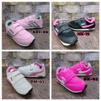 Sepatu Sneakers Anak Perempuan Cewek Olahraga Sekolah TK SD Pink Murah