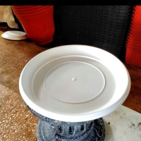 Tatakan Pot Plastik Putih/Tatakan Pot Murah