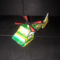 Merakit Helikopter Kertas