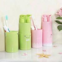 Hf253 Travel toothbrush toiletries kit / ultimate travel cup tempat