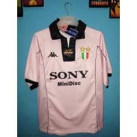 Jersey Juventus centenary away Pink
